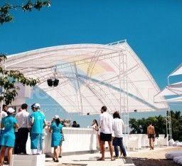 Белоснежная летняя площадка в Бартоломео